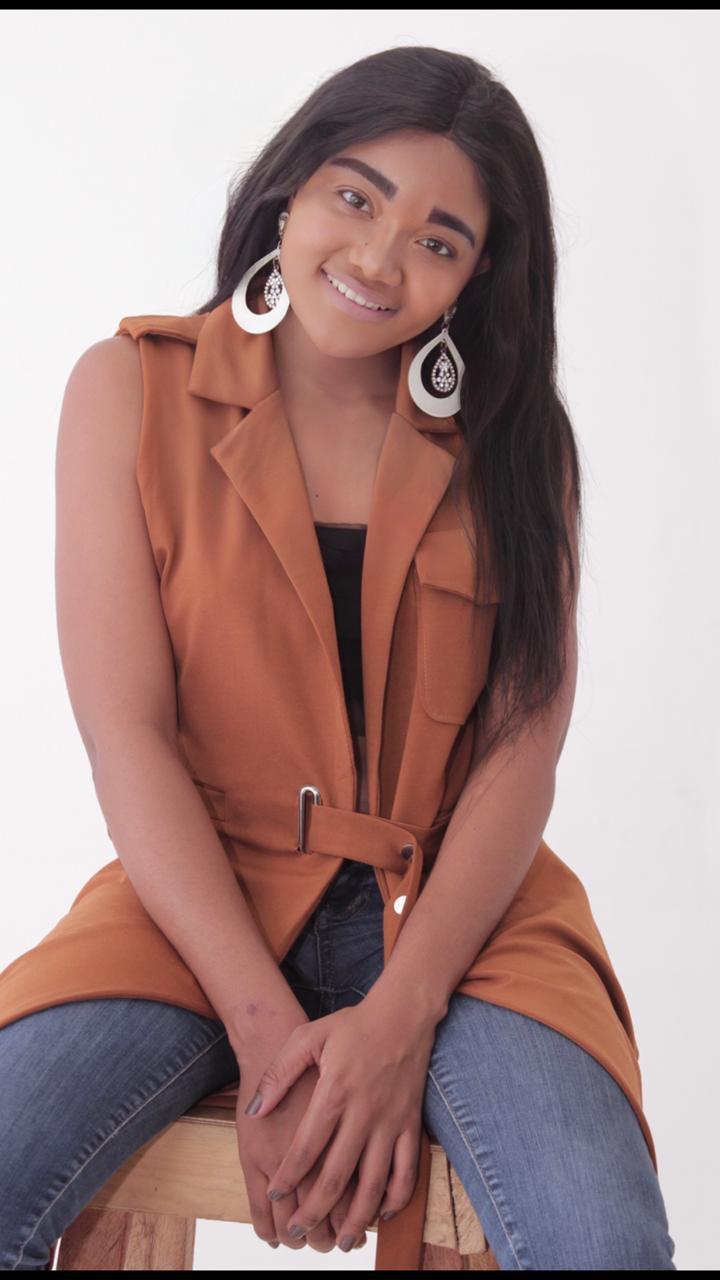 Bricia Dias apresenta aos angolanos a nova maneira de cantar o amor