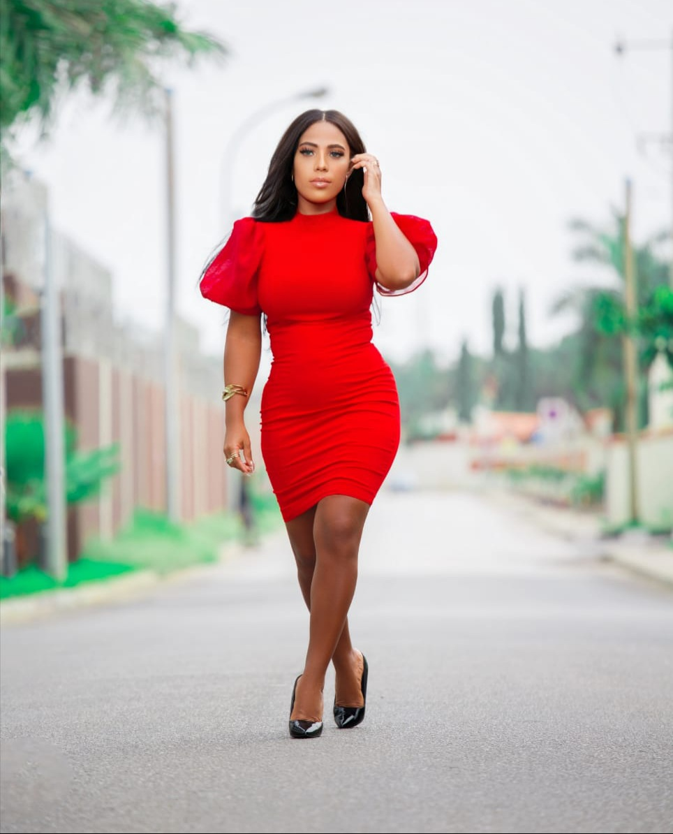 Nélia Dias: Do Top Rádio Luanda rumo ao topo da música angolana