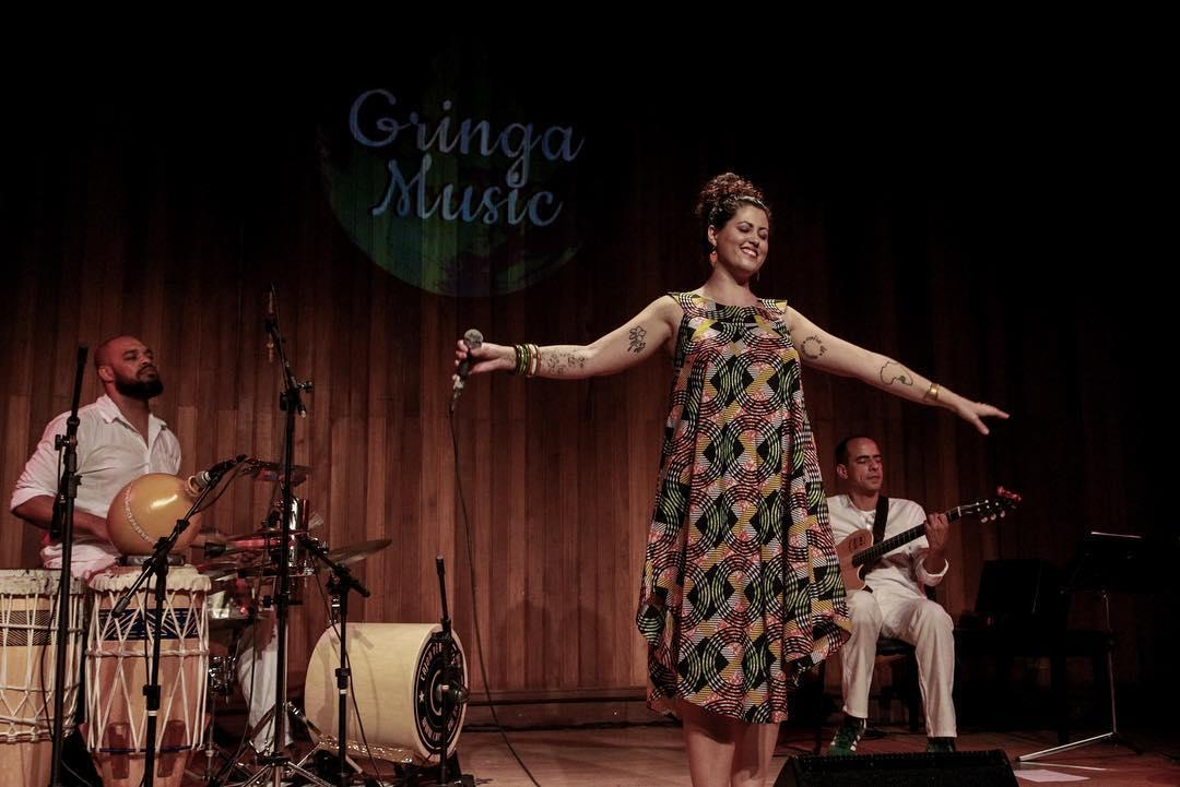 Do Brasil para Angola, Jéssica Areia traz novo disco