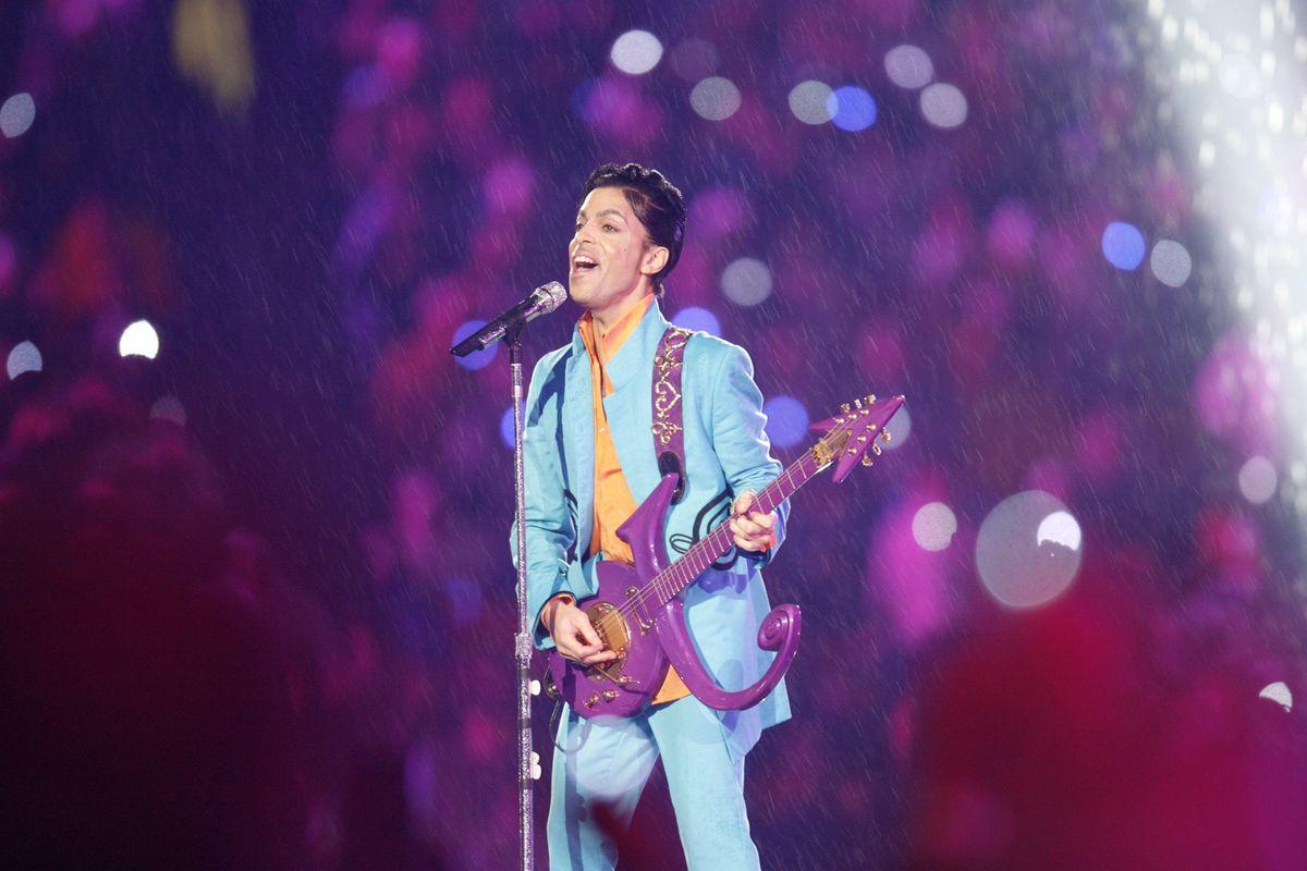 """Let's Go Crazy: The Grammy Salute To Prince"" transmitido na TV"