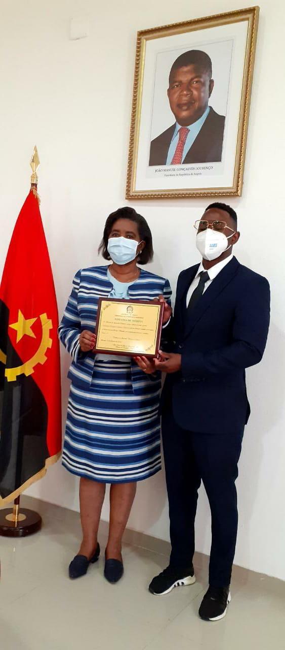 Cientista angolano é homenageado e ganha bolsa de estudo