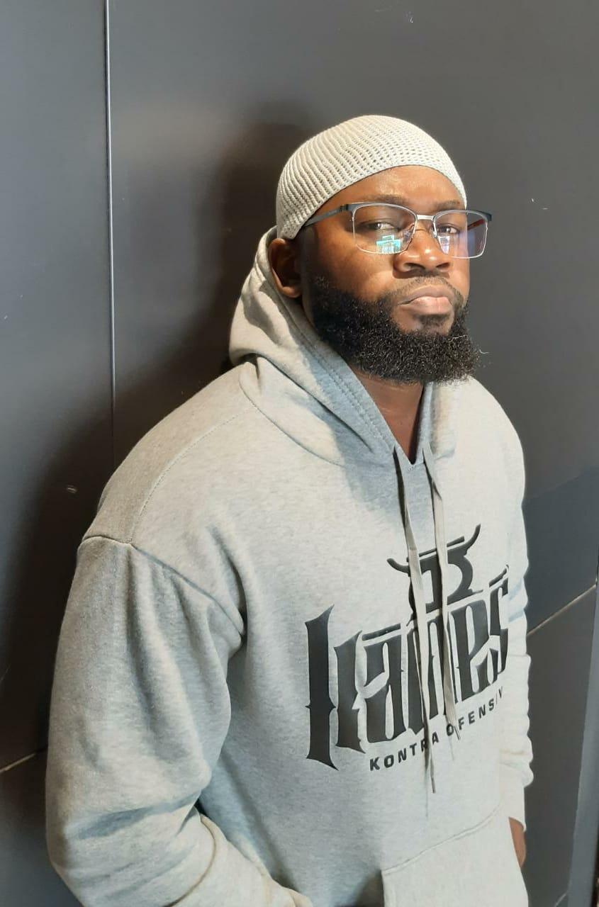 """Kamesu: """"O rapper é um artista que não tem nenhum compromisso com a cultura"""""""