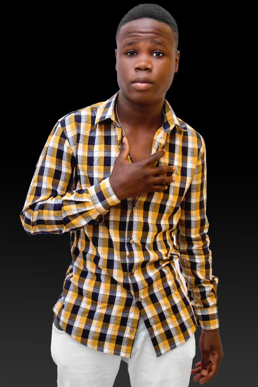Era engraxador e menino de rua, agora é a nova promessa da música angolana